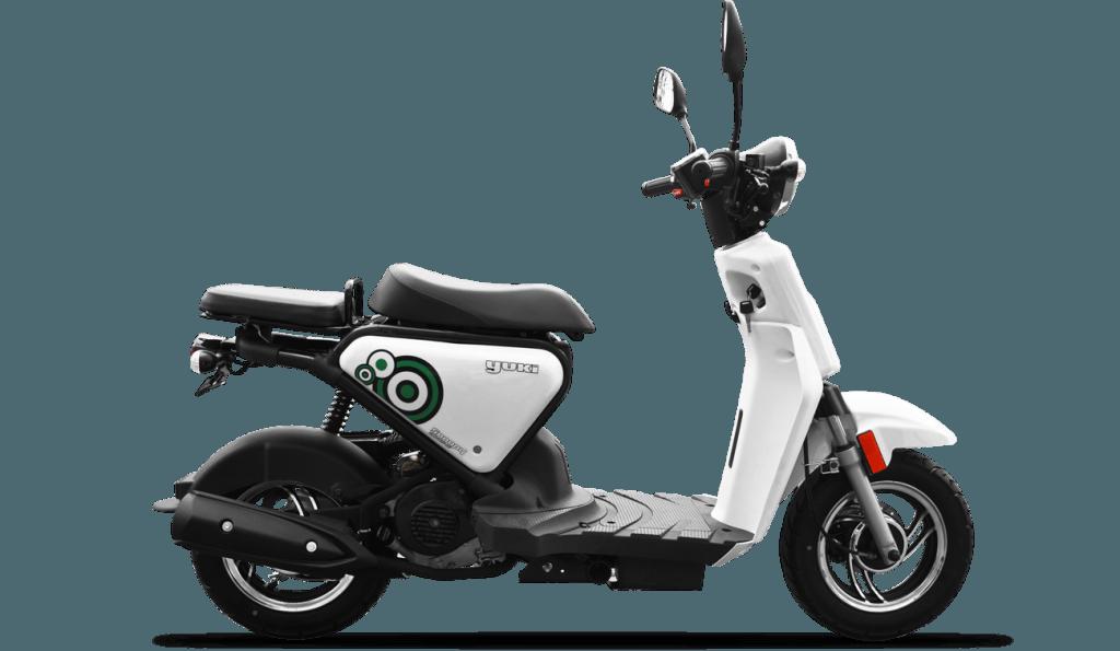 yuki-qm50qt-6e-snoopy-1024x595-2634007