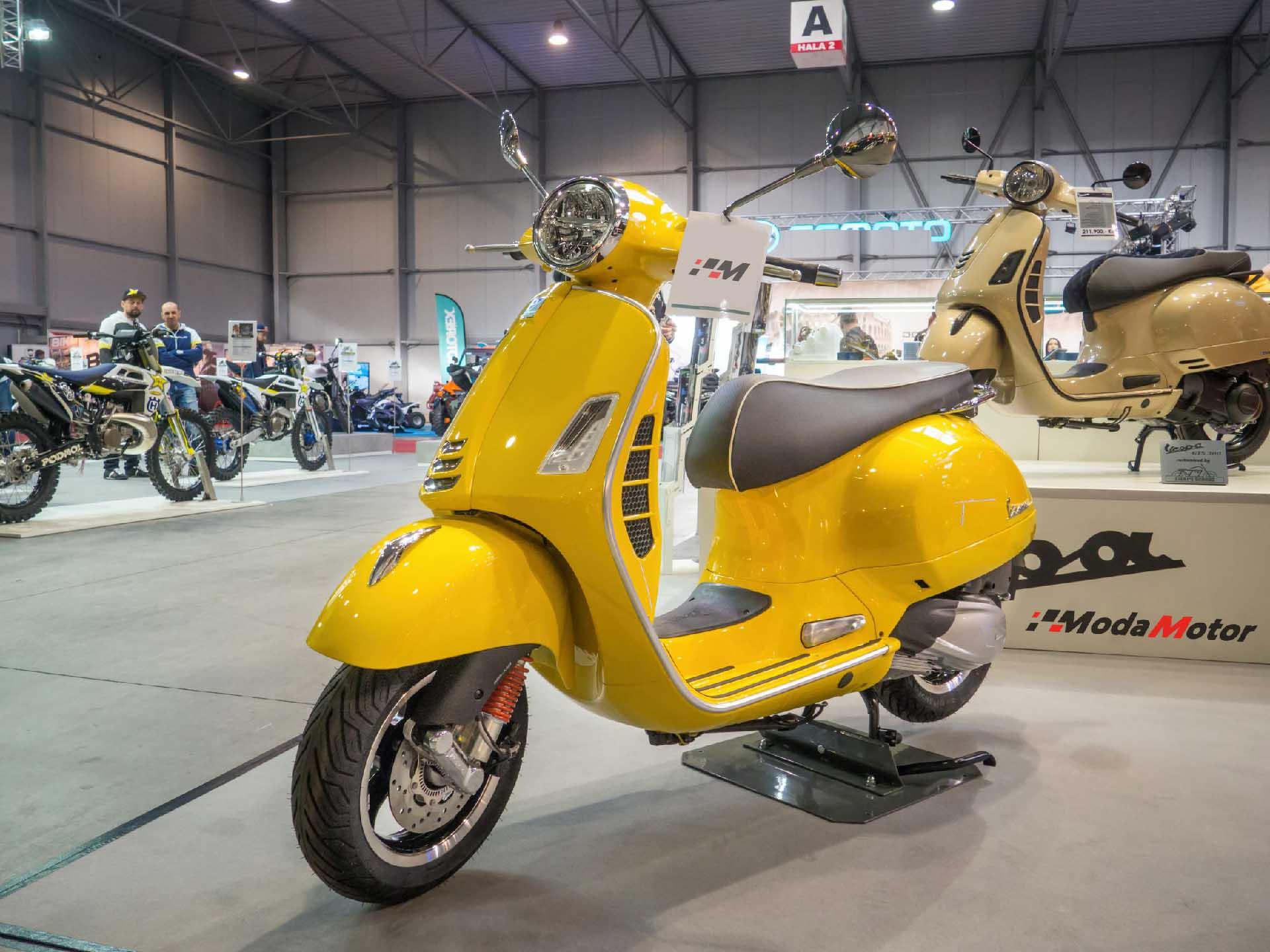 moda motor scooter
